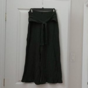 Knit olive green wide leg cropped pants.